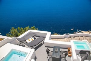 Full Moon Villa at White Pearl Villas in Santorini