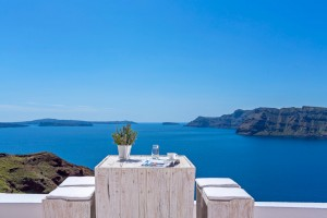 Sunset Chaser Villa at White Pearl Villas in Santorini