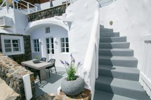 Ocean Breeze Villa at White Pearl Villas in Santorini